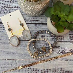 Kinsley Armelle Hanging Agate Stone Earrings